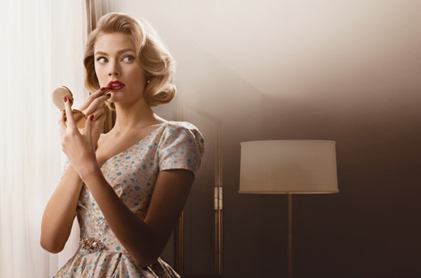 Photo maquillage mad men par Estée Lauder